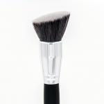 CROWN BRUSH - PRO Angle Bronzer Brush -C504